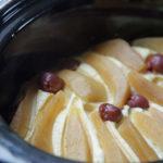 Aus dem Slowcooker: Quarkauflauf mit Früchten