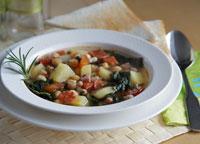 Spanische Bohnensuppe