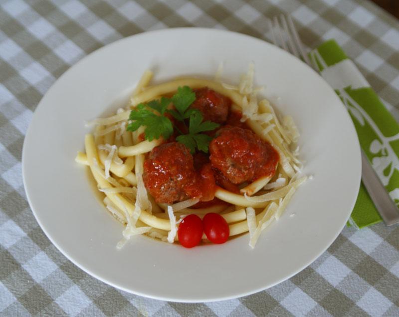 Hackbaellchen Toskana aus dem Slowcooker