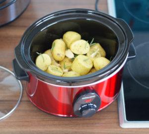 Slowcooker mit Kartoffeln