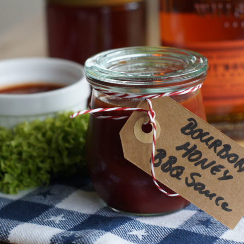 Honey Bourbon BBQ Sauce (Slowcooker)