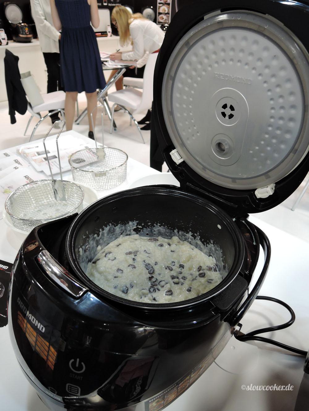 Redmond Multikocher mit Milchreis