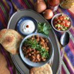 Naanbrot zu indischen Gerichten