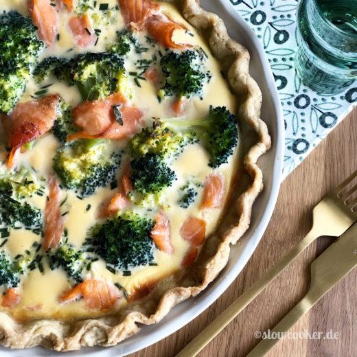 Lachsquiche mit Broccoli