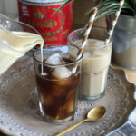 Thai Iced Tea mit gesüßter Kondensmilch