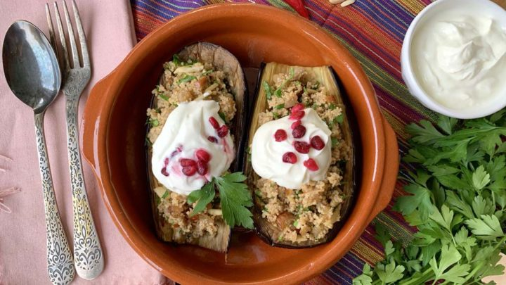 Aus dem Backofen: Auberginen mit Couscousfüllung