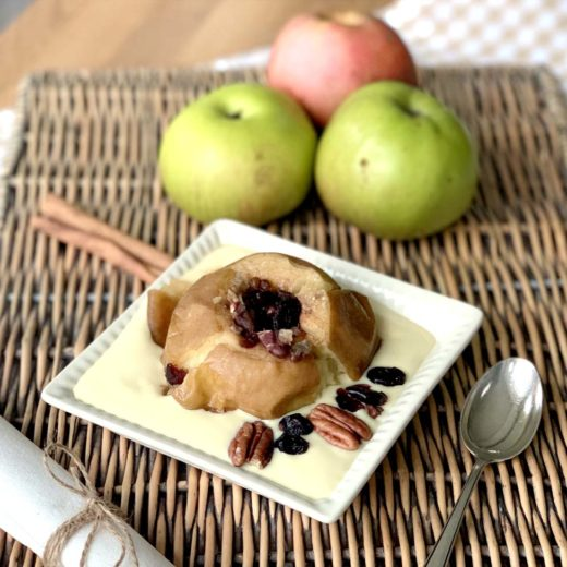 Bratäpfel mit Nüssen udn Cranberries aus dem Slowcooker
